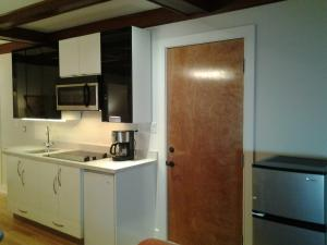 Deluxe King Studio Apartment (self-contained)