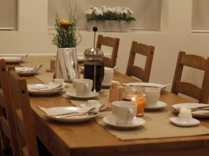 Kef Guesthouse at Grænásvegur, Bed and breakfasts  Keflavík - big - 33
