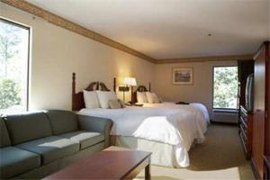 Hampton Inn Valdosta/Lake Park Area, Отели  Lake Park - big - 4