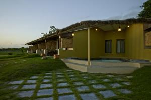 Asiatic Lion Lodge, Лоджи  Sasan Gir - big - 13