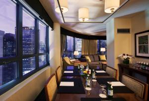 DoubleTree Suites by Hilton NYC - Times Square, Hotely  New York - big - 8