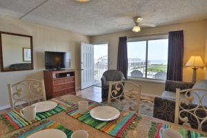 Ocean Front Suite with Two Double Beds and Sofa Bed - Non-Smoking
