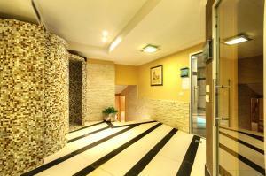 Residence Clara, Apartmánové hotely  San Vigilio Di Marebbe - big - 51