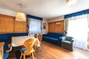 Residence Clara, Apartmánové hotely  San Vigilio Di Marebbe - big - 13