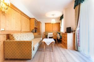 Residence Clara, Apartmánové hotely  San Vigilio Di Marebbe - big - 43
