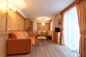 Residence Clara, Apartmánové hotely  San Vigilio Di Marebbe - big - 7