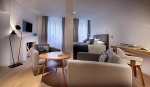Petit Hôtel Confidentiel, Отели  Шамбери - big - 48