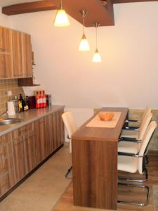 White Coffee Apartment, Apartmány  Kopaonik - big - 22