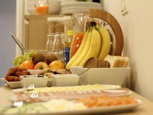 Kef Guesthouse at Grænásvegur, Bed and breakfasts  Keflavík - big - 26