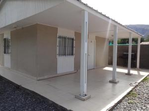 One-Bedroom Bungalow