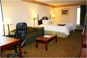 Hampton Inn Valdosta/Lake Park Area, Отели  Lake Park - big - 5