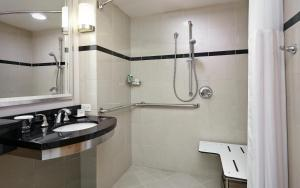 Deluxe Double Room with Two Double Beds with Roll in Shower - Disability Access
