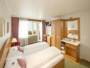 Hotel Bernerhof Grindelwald, Hotel  Grindelwald - big - 20