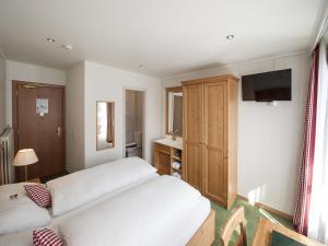 Hotel Bernerhof Grindelwald, Hotel  Grindelwald - big - 10