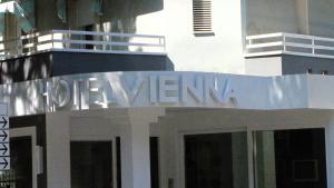 Hotel Vienna, Отели  Габичче-Маре - big - 39