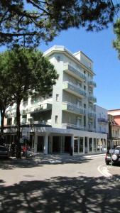 Hotel Vienna, Отели  Габичче-Маре - big - 37