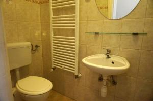 Artoral Rooms and Apartment Budapest, Apartments  Budapest - big - 26