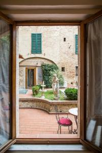 Piazza Paradiso Accommodation, Affittacamere  Siena - big - 32