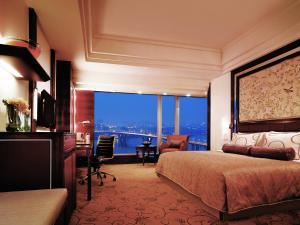 Deluxe Kamer met Kingsize Bed en Uitzicht op de Rivier