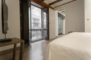 Kirei Apartment Sombrereria, Ferienwohnungen  Valencia - big - 4
