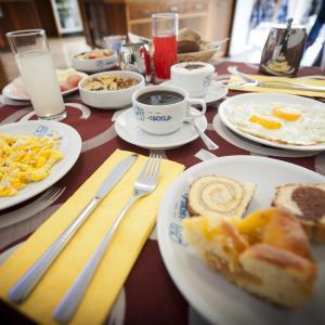 Hotel Garni Ischia, Отели  Мальчезине - big - 42