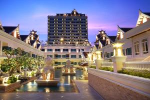 Grand Pacific Sovereign Resort..