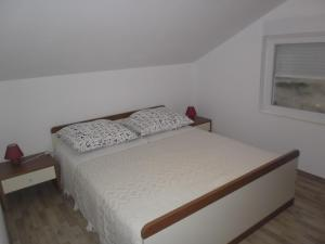 Apartment Elza, Appartamenti  Povljana - big - 7