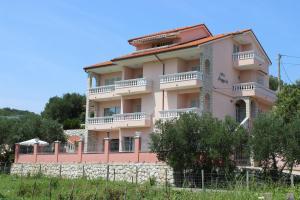 Guest House Anggela, Penziony  Supetarska Draga - big - 29