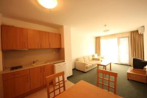 Menada Ravda Apartments, Apartmanok  Ravda - big - 172
