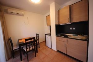 Menada Ravda Apartments, Apartmanok  Ravda - big - 179