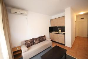 Menada Ravda Apartments, Apartmanok  Ravda - big - 203