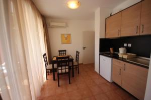 Menada Ravda Apartments, Apartmanok  Ravda - big - 25
