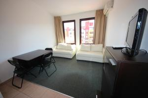 Menada Ravda Apartments, Apartmány  Ravda - big - 50