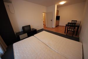 Menada Ravda Apartments, Apartmanok  Ravda - big - 188