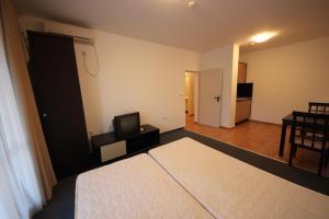Menada Ravda Apartments, Apartmanok  Ravda - big - 187