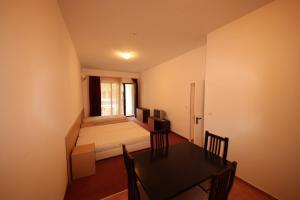 Menada Ravda Apartments, Apartmanok  Ravda - big - 161