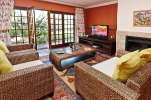 Montana Guest Farm, Bed & Breakfasts  Oudtshoorn - big - 21