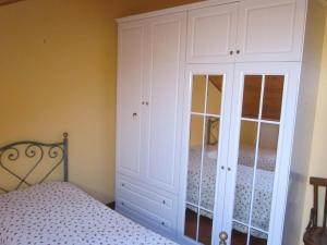 La Mansardina, Apartments  Santo Stefano di Camastra - big - 6