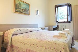 Casa per Ferie Regina Santo Rosario, Bed and Breakfasts  Florencie - big - 2