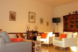 Casa per Ferie Regina Santo Rosario, Bed and Breakfasts  Florencie - big - 18
