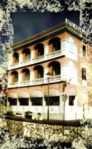 Hotel Miramare, Отели  Ладисполи - big - 24
