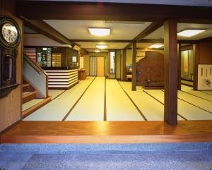 Seikiro Ryokan Historical Museum Hotel, Рёканы  Miyazu - big - 37