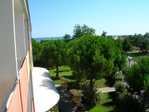 Hotel Hiki, Hotely  Bibione - big - 3