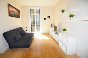 Three-Bedroom Apartment with balcony (6 Adults) - Asturias