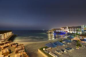 Dubai Marine Beach Resort & Sp..