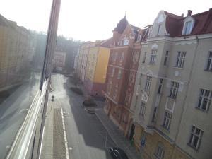 Apartmány Ekaterinburg, Ferienwohnungen  Karlsbad - big - 65