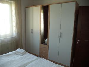 Apartmány Ekaterinburg, Ferienwohnungen  Karlsbad - big - 60