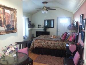 The Bookcliffs Bed & Breakfast, Panziók  Grand Junction - big - 23