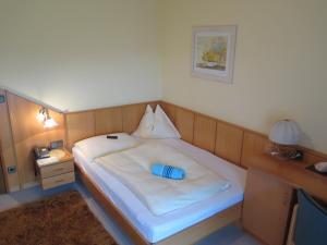 Hotel garni Landhaus Servus, Hotels  Velden am Wörthersee - big - 2