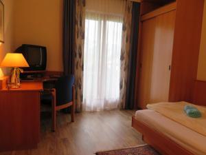 Hotel garni Landhaus Servus, Hotels  Velden am Wörthersee - big - 8